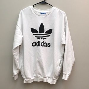 Adidas Graphic Crewneck Sweatshirt